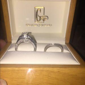 Jewelry - Platinum Womens Wedding Set